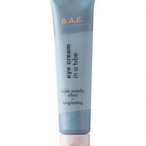 B.A.E. B.A.E. Oogschaduw Crème 02 Be Brave