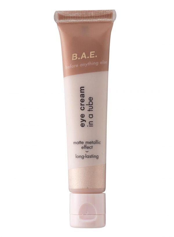 B.A.E. B.A.E. Oogschaduw Crème 01 Be Bold